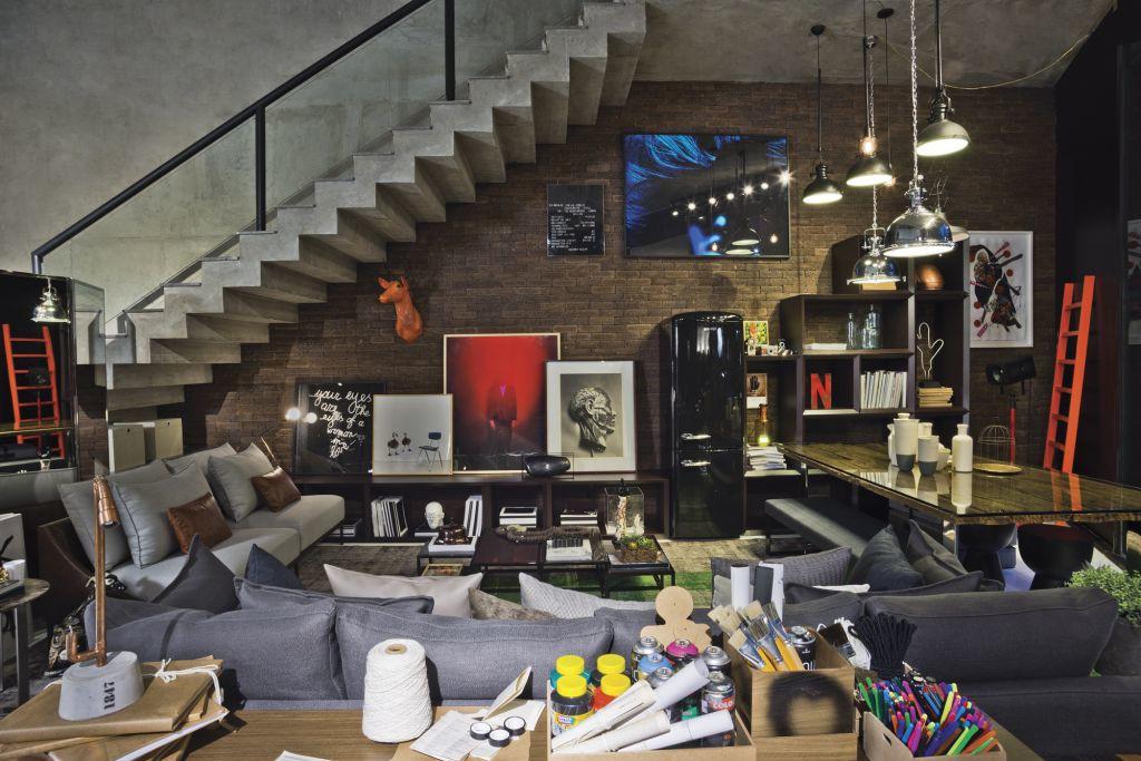 Decoração inspirada no conceito Urban Loft explora cores, formas e texturas