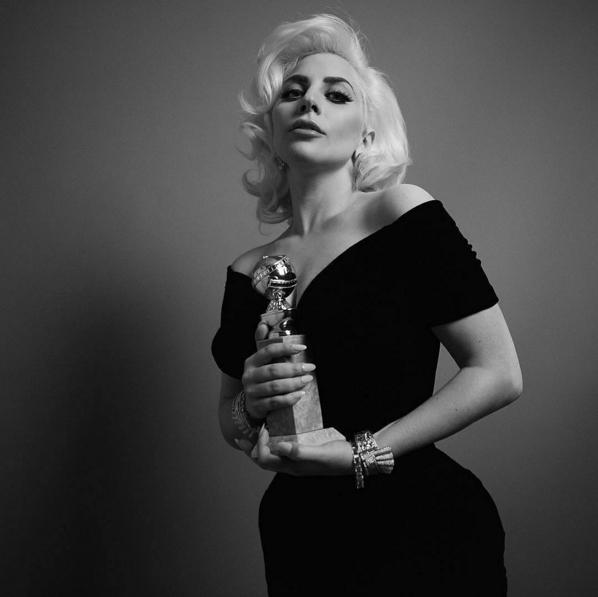 Lady Gaga: a musafashion ganhou um Globo de Ouro